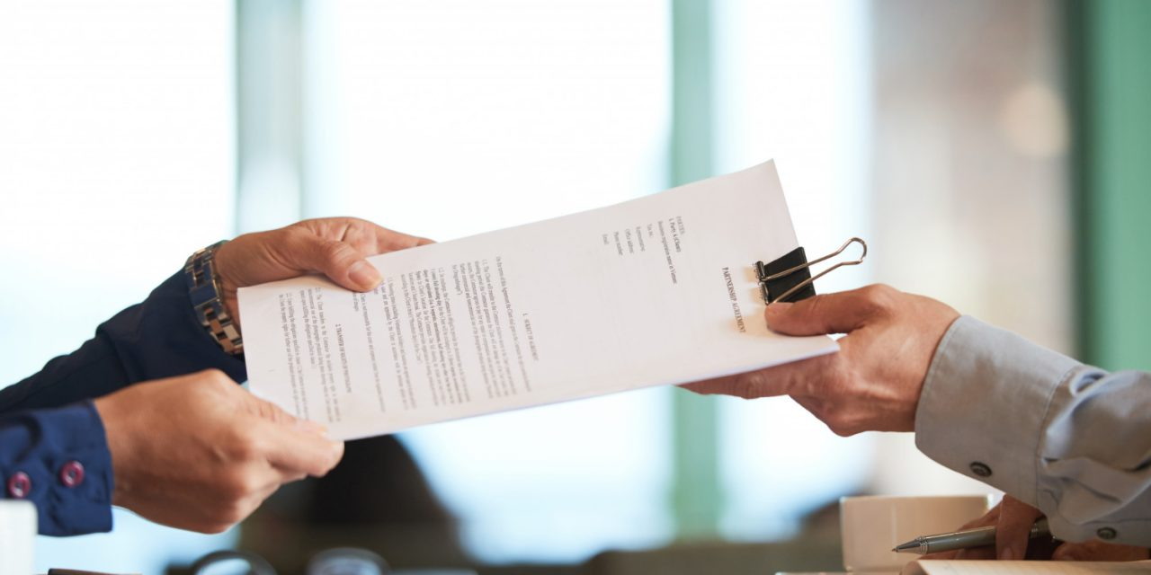How to Win Federal Government Contracts with Amazing RFPs